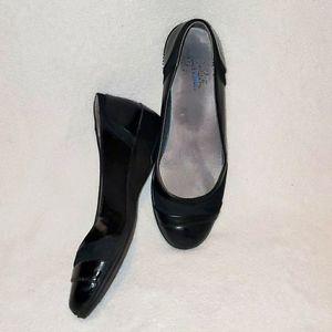 Comfort Flex Black Flats Size 8
